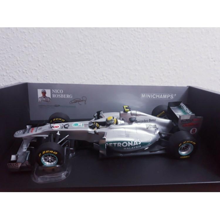 Lote 006 Minichamps 1/18 Mercedes AMG W02 Rosberg 2011