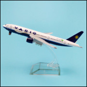 Lote 005 Miniatura Varig Boing 777-280
