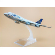 Lote 010 Miniatura Avião United Boeing 747