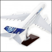 Lote 011 Miniatura Avião Airbus A380
