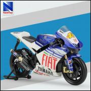 Lote 001 Yamaha YZR M1 2013 Factory Racinh NewRay